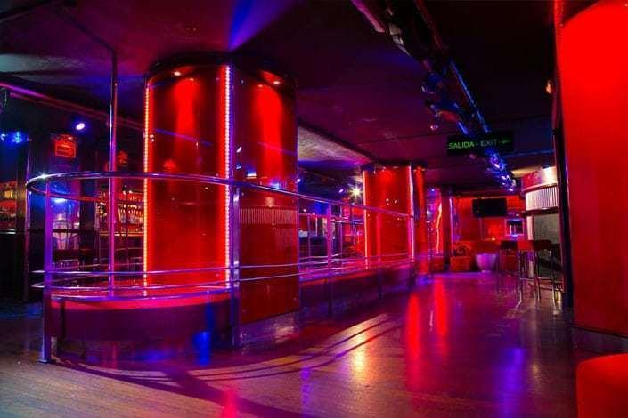 bacarra barcelona strip club